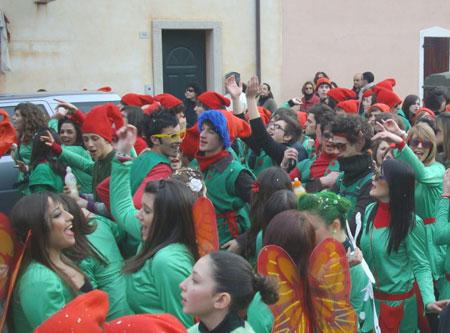 Carnival-elves