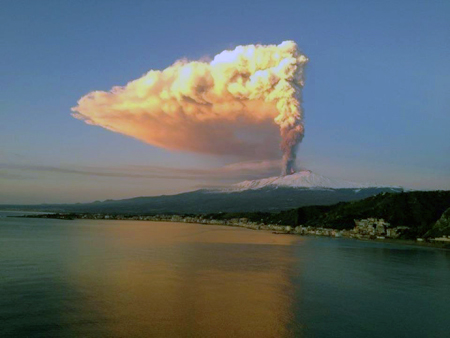 Etna-eruption-1