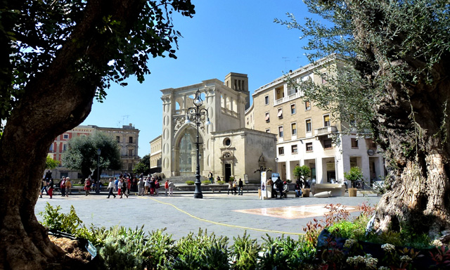PiazzaSanOronzo_Postcard